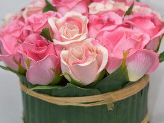 Hurtownia sztucznych kwiatów - jak znaleźć odpowiednią?